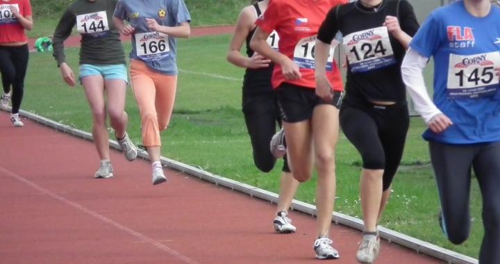 Corny - středoškolský atletický turnaj